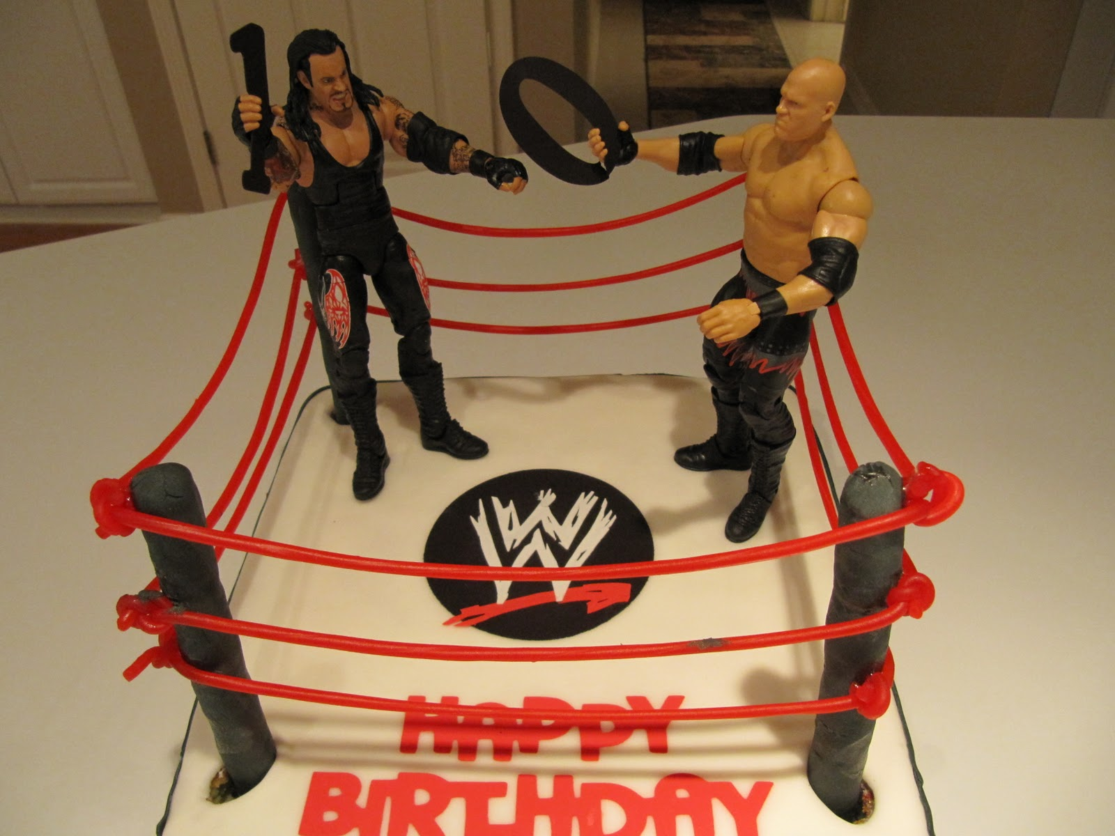 Crazy4cricut Wwe Birthday Cake With Cricut Cake Machine