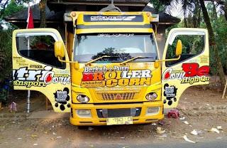 sticker truck 9