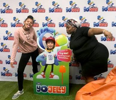 Yo-Jelly funny pose