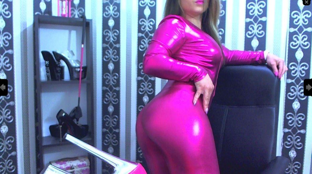 Queen Atena Model Skype