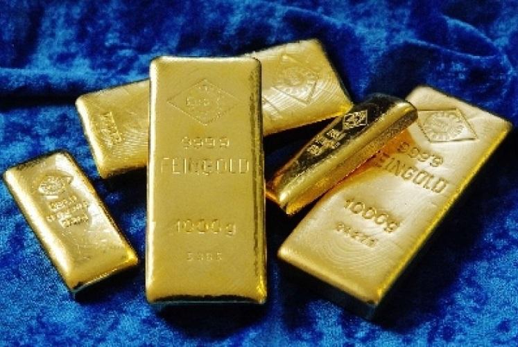 Setelah Naik Tanpa Henti, Kini Harga Emas Anjlok: Sekarang Cuma Rp 900 Ribuan