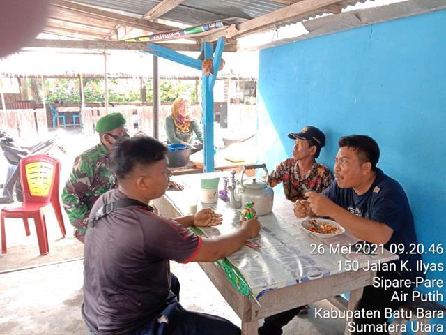 Jalin Silaturahmi Dengan Masyarakat, Personel Jajaran Kodim 0208/Asahan Laksanakan Komsos Diwilayah Binaan