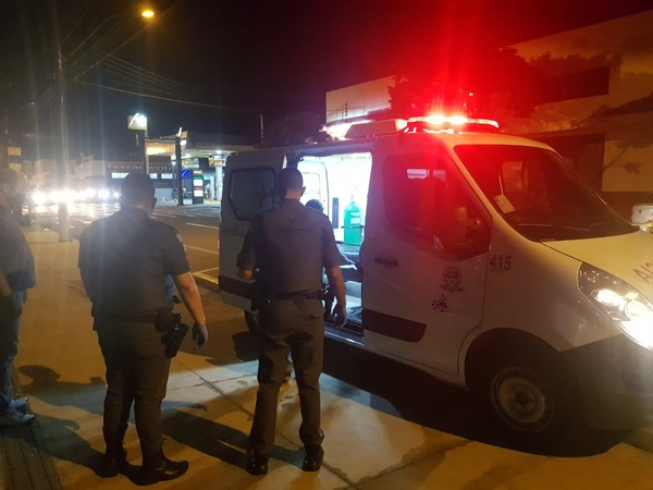 Após denúncia, homem com Covid-19 é multado e preso por desrespeitar isolamento e ser achado em bar