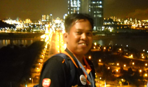 I was in the top of the Building called Putra Jaya Convention Centre in the heart of Kuala Lumpur during my visit to Malaysia last November 2009.  Its very beautiful city, vibran and amazing