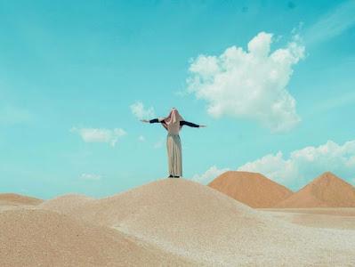 Bukit Pasir Busung, Nuansa Eksotis Gurun Sahara di Pulau Bintan