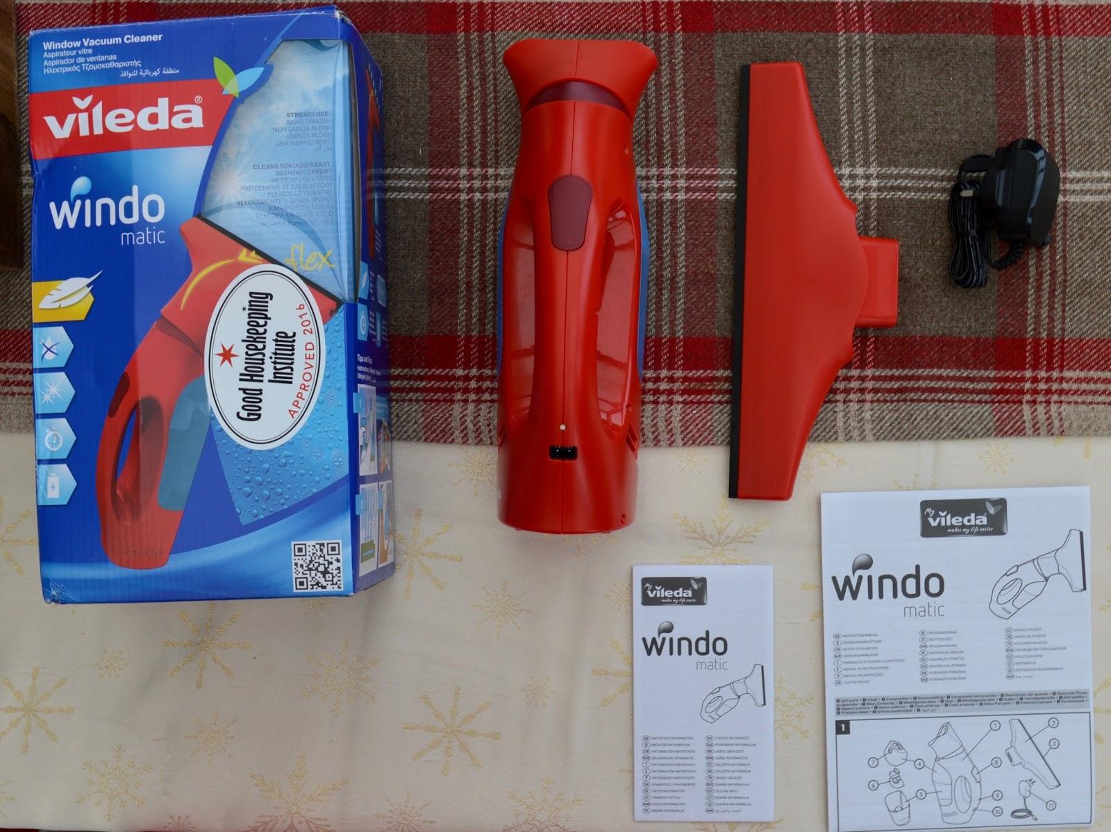 Vileda Windomatic Window Vacuum Review | How to achieve streak free windows - what's in the box