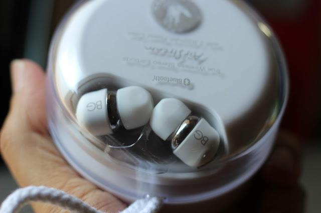 #TheLifesWayReviews @BodyGlove Airstream #Bluetooth Earphones #bodyglove #GammaTek