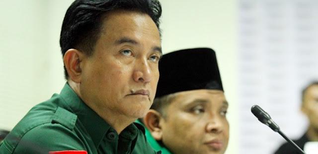 Alasan Yusril Bela Jokowi Untuk Amankan <i>Parlementary Threshold</i>