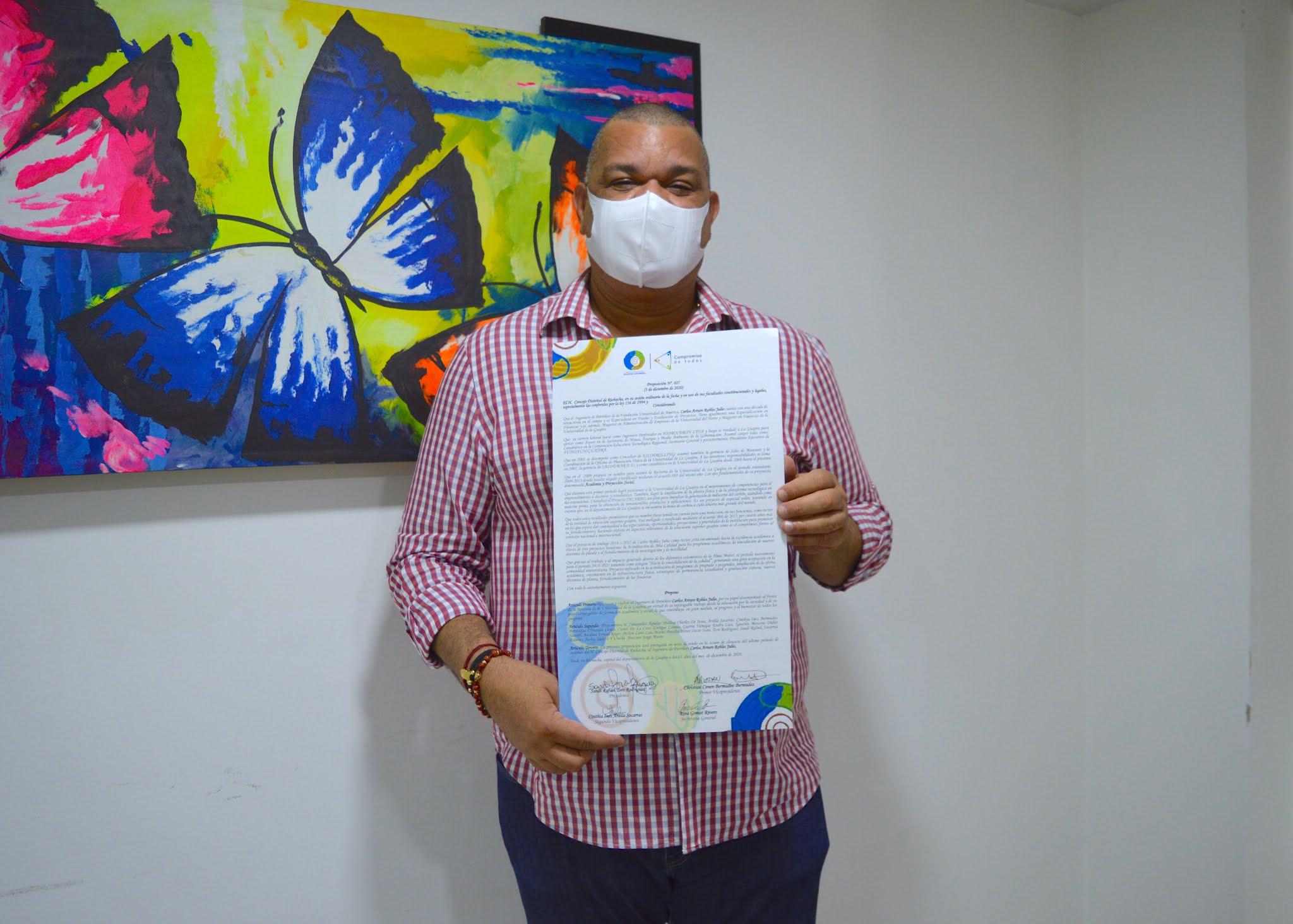 https://www.notasrosas.com/Carlos Arturo Robles Julio, rector de Uniguajira, recibe distinción del Concejo de Riohacha