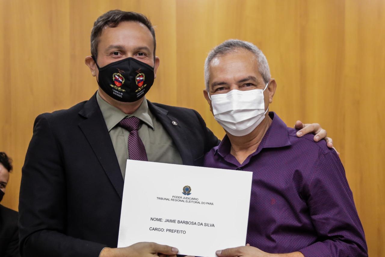 Justiça Eleitoral diploma prefeito, vice e vereadores eleitos em Óbidos