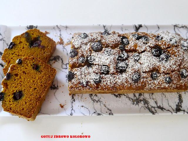 Ciasto dyniowe z borówką - wege - Czytaj więcej »