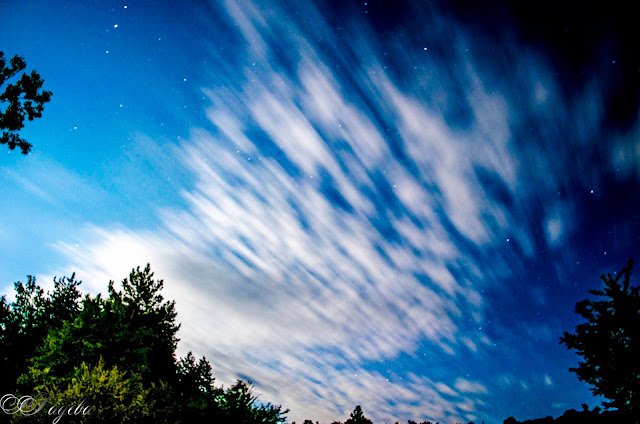 Звезди-над-облаците-Stars-above-the-clouds