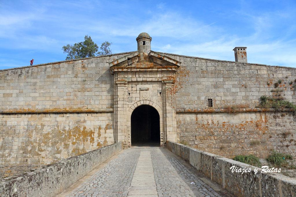 Puerta de San Antonio, Almeida
