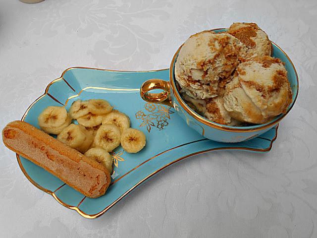 gelado banana e doce de leite