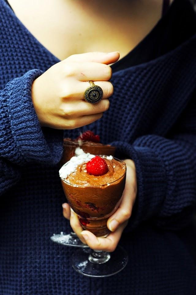 Au secours j'ai oublié le dessert ! Mousse au chocolat express' en 2 ingrédients et 1/2 pour les oublieux de dernière minute !