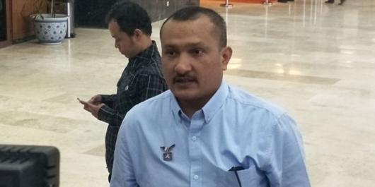 Selisih Jokowi-Prabowo 23 Persen, Ferdinand Hutahaean Pertanyakan Sumber Dana Lembaga Survei