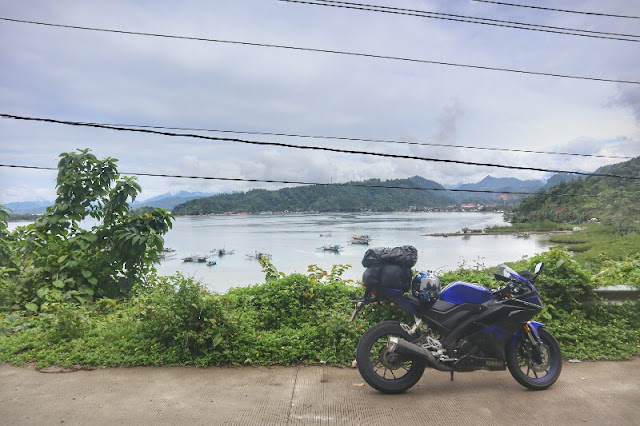 Foto Solo Touring Motor Yamaha R15 Lintas Barat Sumatera