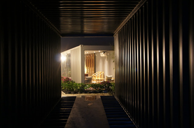 Boutique Hotel Built from Shipping Containers, China 6