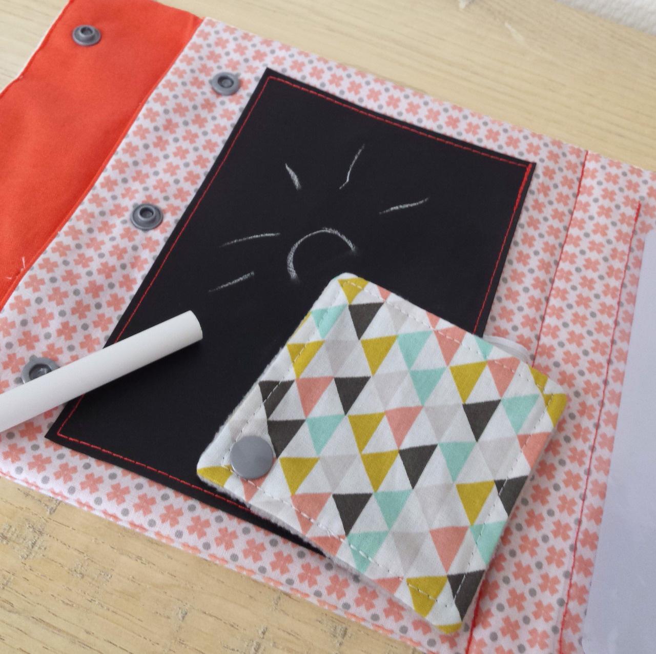 trucs de ma liane le blog le ludibag la pochette de jeux ludique nomade qui occupe les. Black Bedroom Furniture Sets. Home Design Ideas