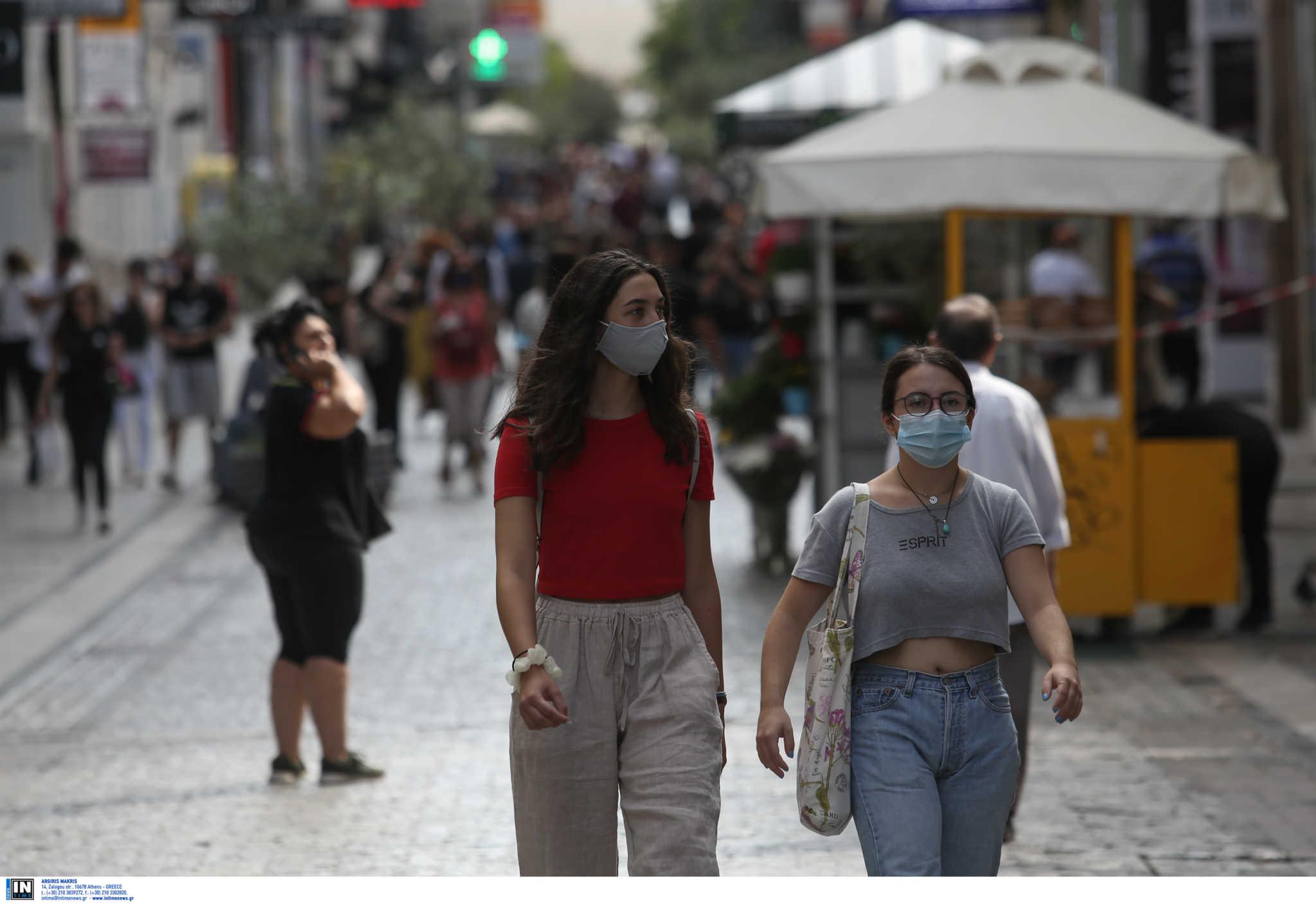 """Κικίλιας για κορονοϊό: Στο """"τραπέζι"""" η γενικευμένη χρήση μάσκας"""