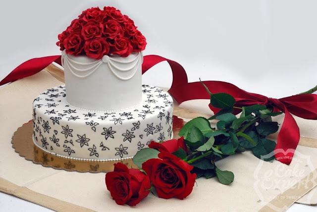 Ganduri la o cafea! - Pagina 2 Cofetarie-iasi-cake-expert-tort-aniversare1