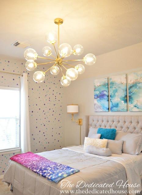 Modern galaxy bedroom makeover. Really fun idea for a girl's room!