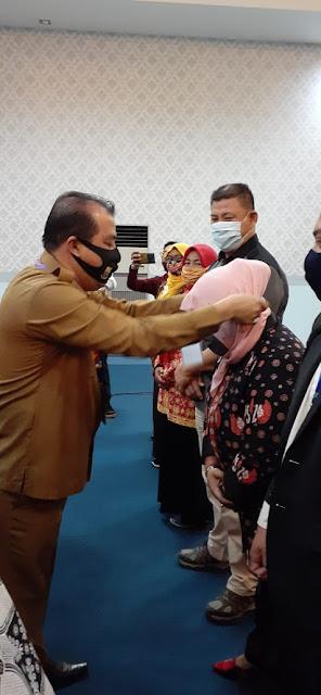 Kepala Kesbangpol Provinsì Jambi Secara Resmi Membuka Seminar DPD HIPKI.