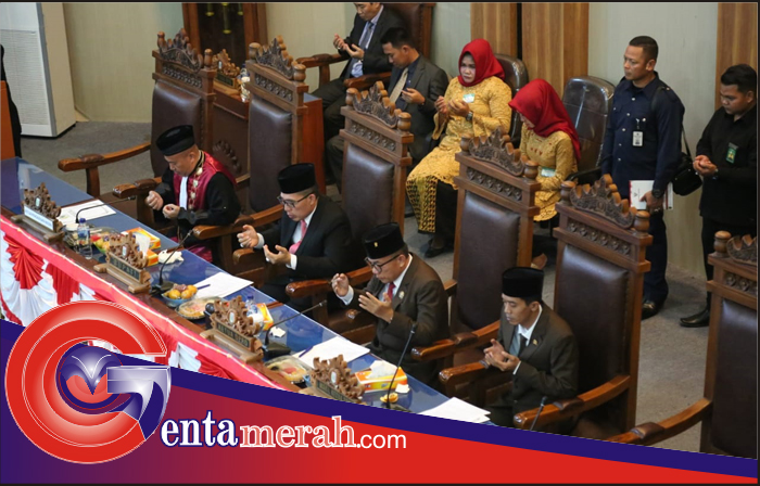 50 Anggota DPRD Lamtim Masa Bhakti 2014-2019 Dikukuhkan
