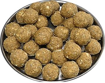 immunity increasing sweet fenugreek coconut laddu balls|| इम्यूनिटी बढ़ाने वाली मीठी मेथी नारियल के लड्डू ||