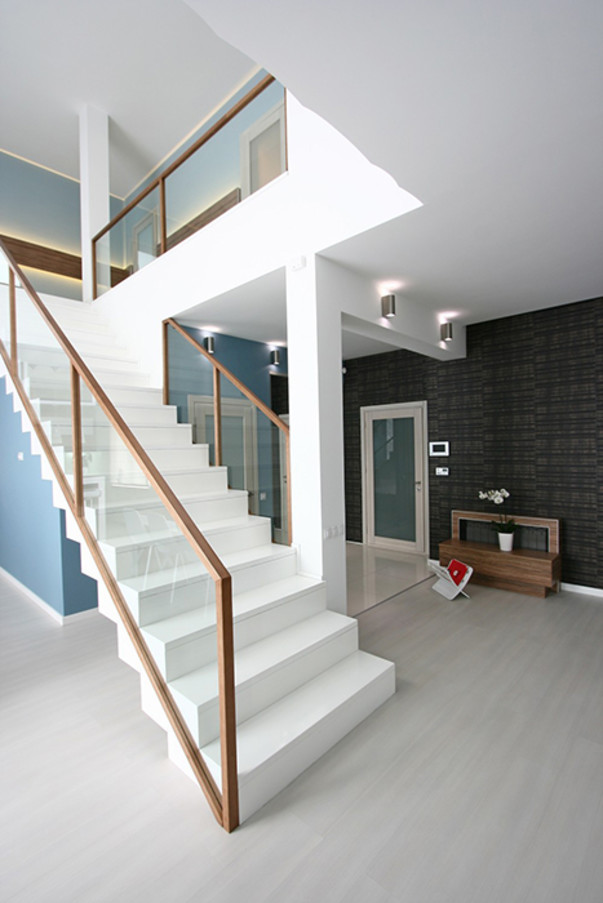 Trends Of Stair Railing Ideas And Materials Interior | Wooden Stairs Railing Design With Glass