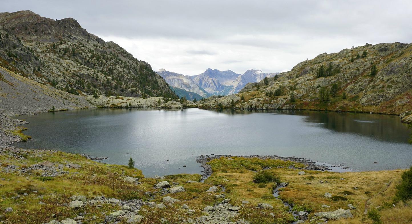 Lacs de Vens near signpost#27
