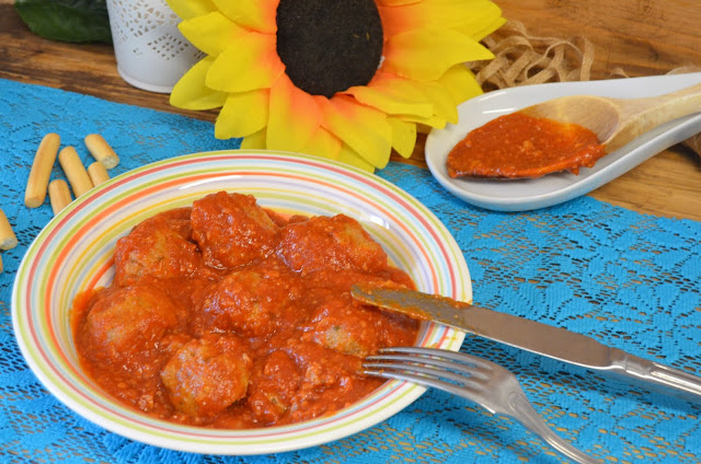 Albóndigas tomate tradicional
