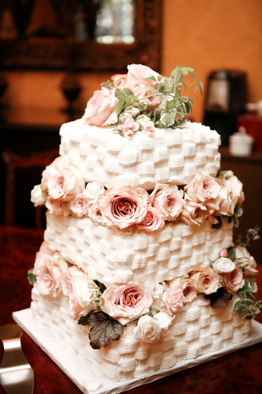 The most beautiful wedding cakes  Best wedding cake frosting Best wedding cake frosting