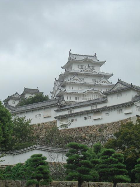 Il castello di Himeji in tutto il suo splendore