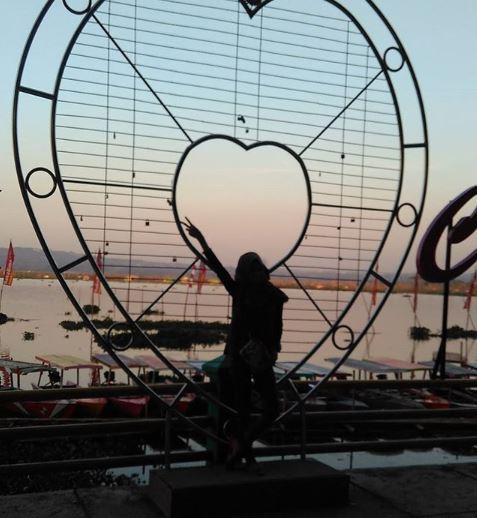 Lokasi, Rute, dan Tiket Masuk ke Wisata Bukit Cinta