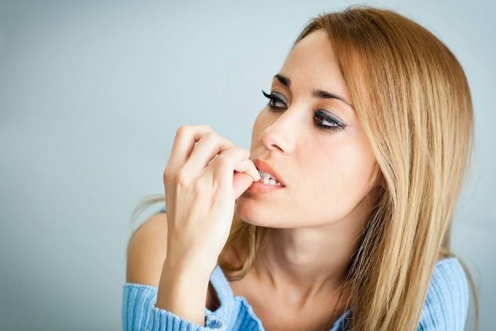 Tırnak Yeme Alışkanlığı Nasıl Geçer?