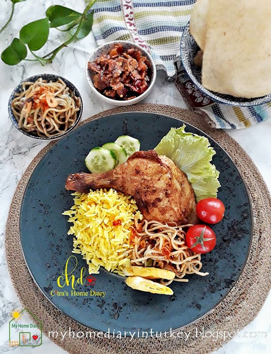 NASI KUNING DAN AYAM BAKAR BUMBU KUNING/ INDONESIAN COCONUT TURMERIC RICE AND GRILLED CHICKEN. Best and authentic recipe. | Çitra's Home Diary. #resepnasikuning #Indonesianfoodrecipe #yellowcoconutrice #turmericrice #coconutrice #foodphotographyrice #ricerecipe #asianfoodrecipe #endonezyamutfağı