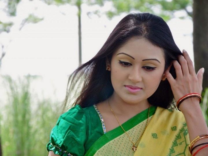 20 Photos of Kushum Shikder 22