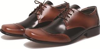 Sepatu Pantofel Bertali Untuk Pria Desain Mewah