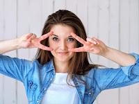 Lima Tips Menggunakan Jaket Denim agar Terlihat Casual