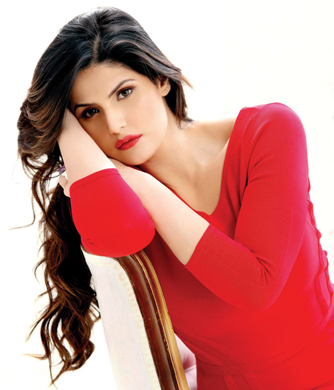 Zareen Khan, Hindi movie 1921 2017 wiki, full star-cast, Release date, Actor, actress, Song name, photo, poster, trailer, wallpaper