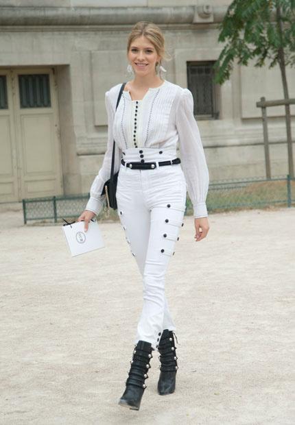 colores de moda , pantalon blanco fashion