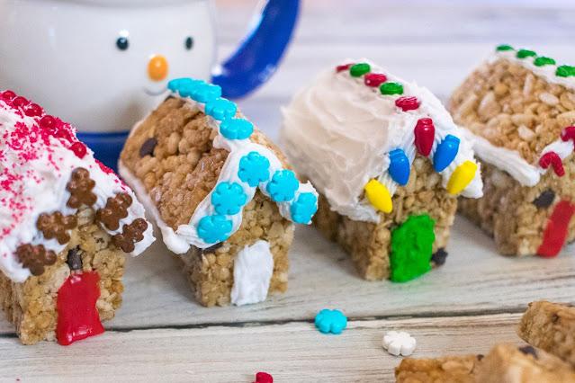 How to Make Mini Holiday Granola Bar Houses