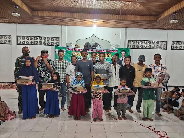 Gampong Cot Bada Baroh Bagi Beasiswa Untuk Murid SD