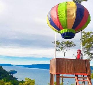 Bukit Indah Simarjarunjung Danau Toba