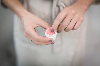 Hand Moisturiser For Healthy Nails