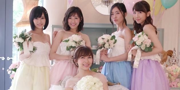 http://akb48-daily.blogspot.com/2016/08/shiawase-wo-wakenasai-mv-screenshot.html