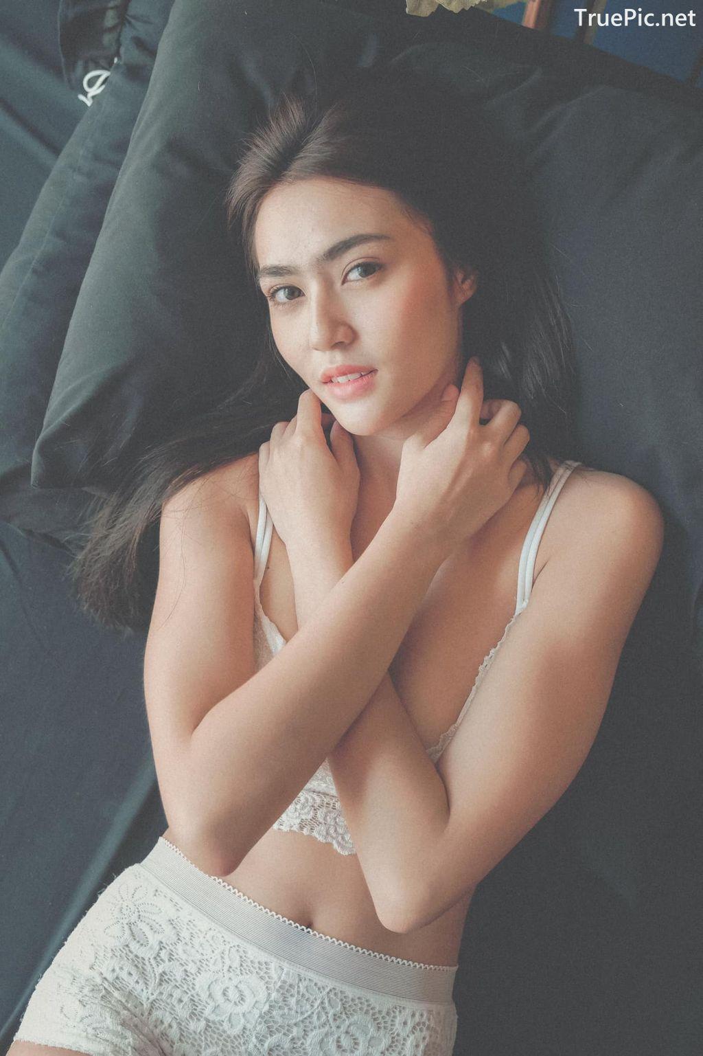 Image-Thailand-Model-Baifern-Rinrucha-Kamnark-White-Lingerie-TruePic.net- Picture-2