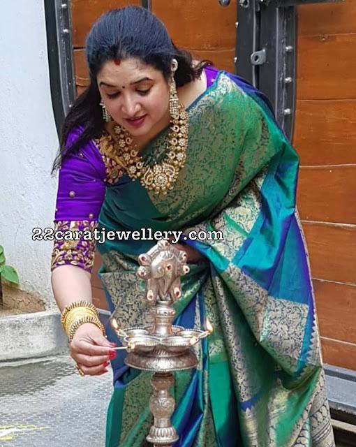 Anitha Vijaykumar Kundan Peacock Set