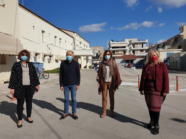 Στο προαύλιο του Νοσοκομείου Ναυπλίου θα ανάψει το φετινό Χριστουγεννιάτικο Δέντρο του Δήμου Ναυπλιέων